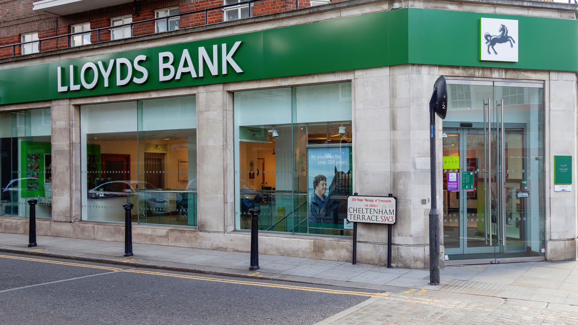 Llyods Bank - How to buy Llyds bank online | Learnbonds