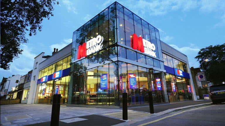 Metro Bank Shares Drop to Lowest Point After Botched £200 Million Bond Sale