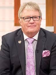 Jim Davisdson, English standup comedian