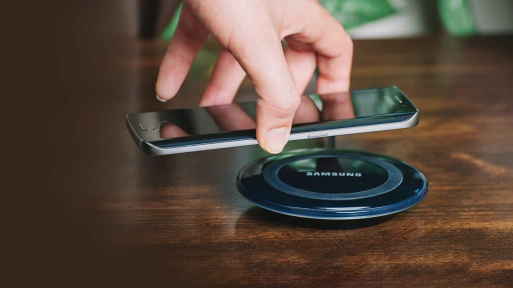 Walmart (WMT) Will Adopt Wireless Charging for IoT after FCC Greenlight