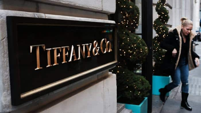 LVMH Plans to Strengthen Tiffany with Multibillion Takeover 1