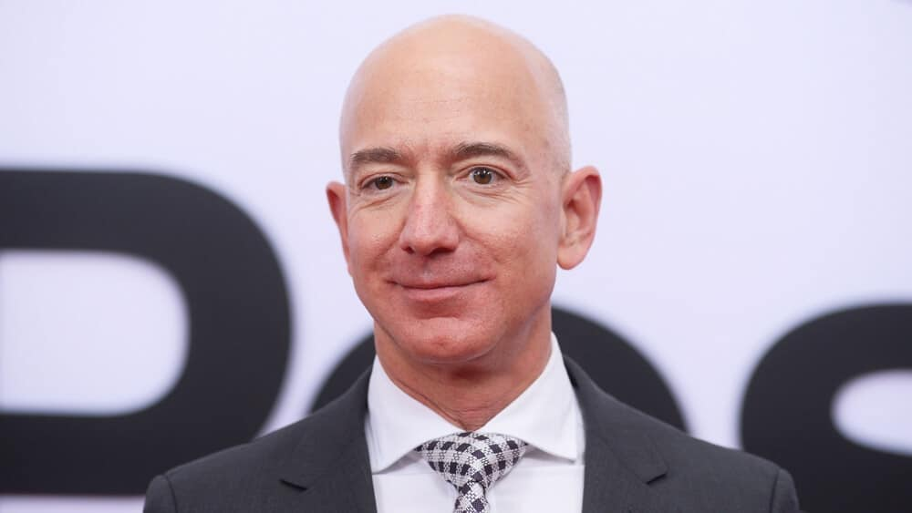 Jeff Bezos Acquires Warner Estate in $160 Million Record Deal