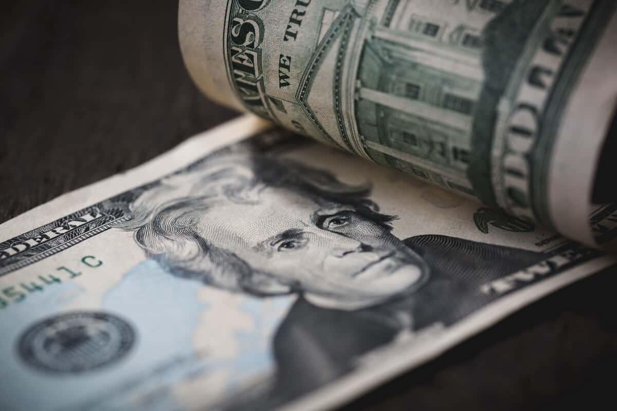 Investment banking revenue-LearnBonds.com
