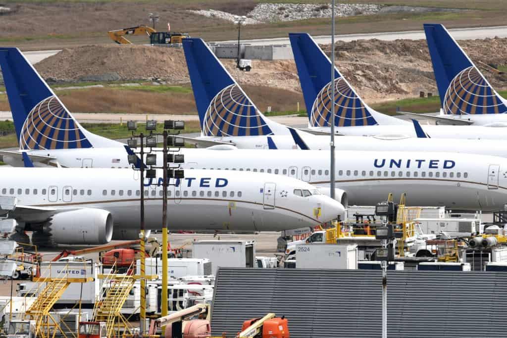 United Airlines Oscar Munoz