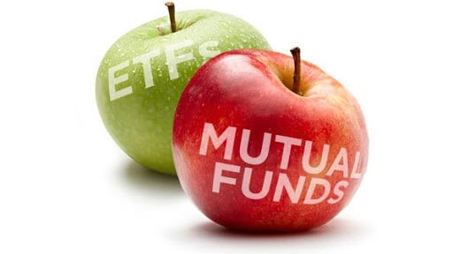 Green vs. red apples used to contrast between ETFs and mutual funds