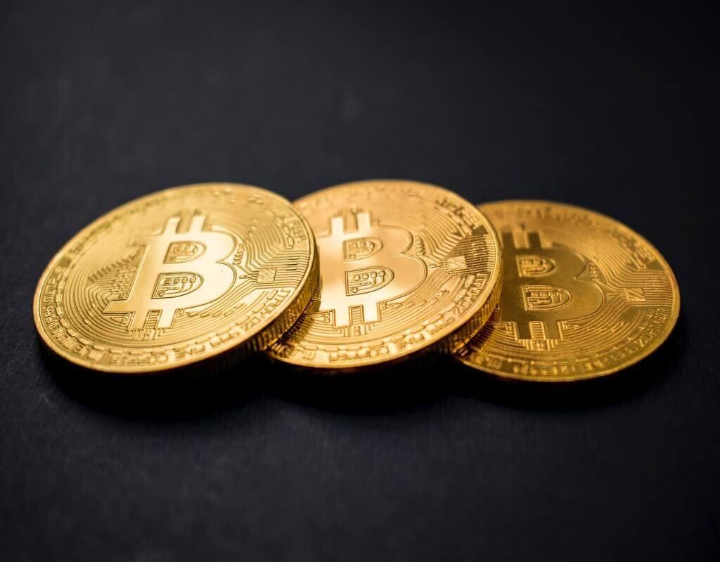 Bedste Bitcoin-mæglere | Learnbonds - Foto af Dmitry Demidko på Unsplash