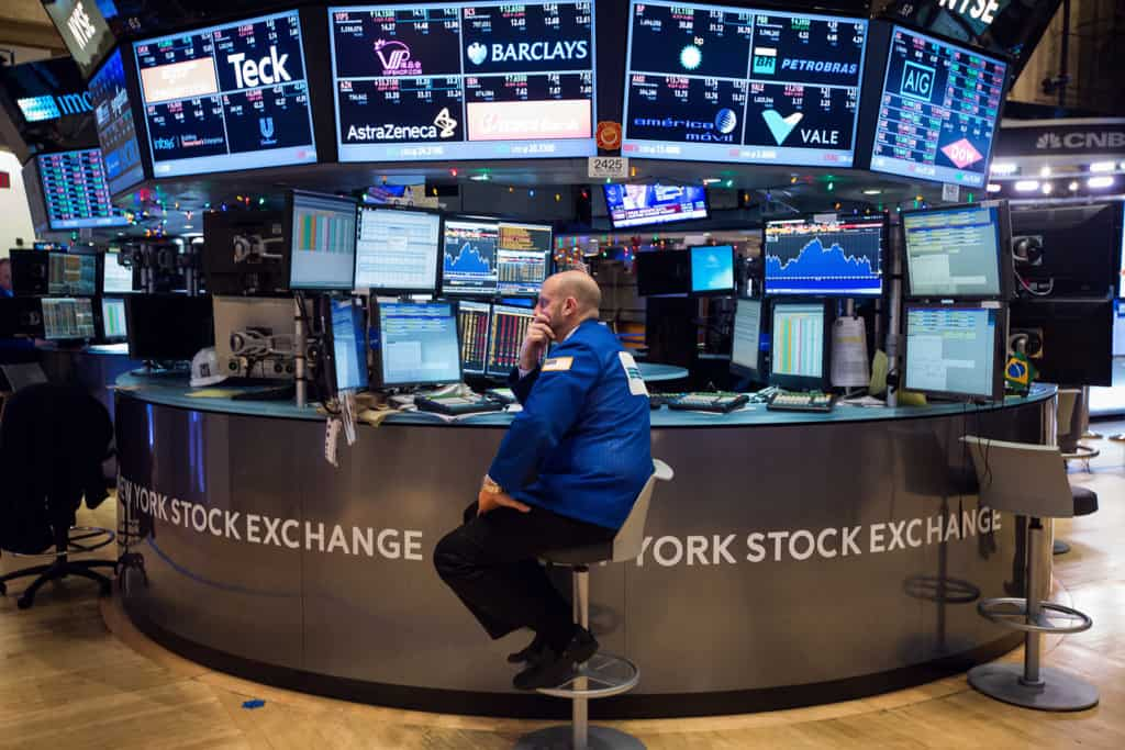 New York Stock Exchange (NYSE) trading floor no dividends