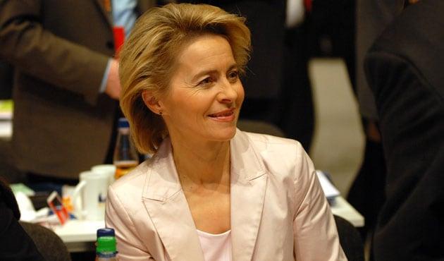 Euro rises after deal led by European Commission President Ursula von der Leyen