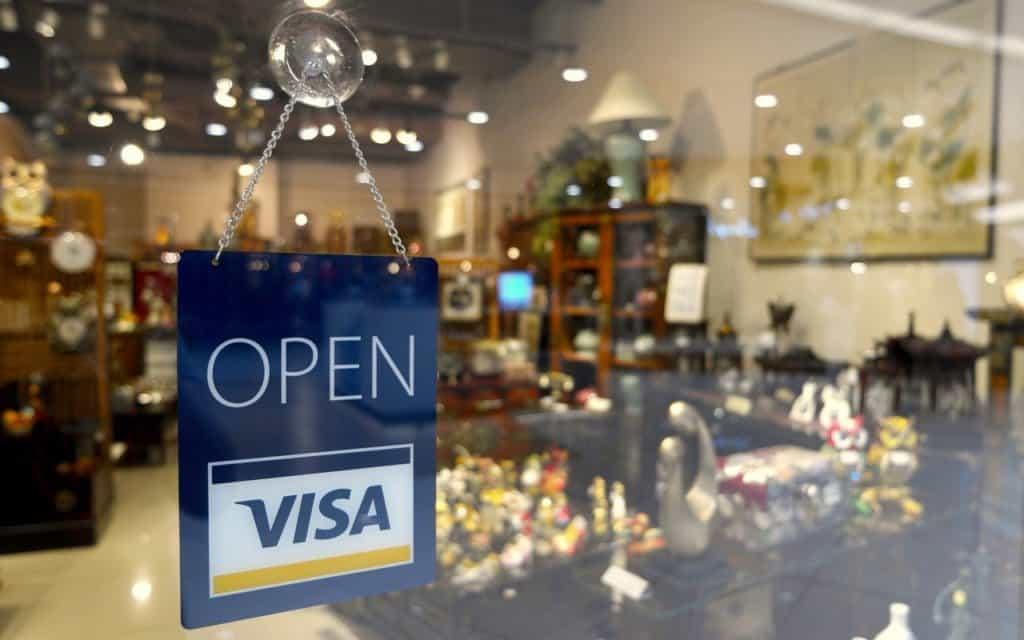 Visa shares