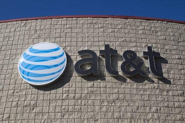 AT&T (NYSE:T)