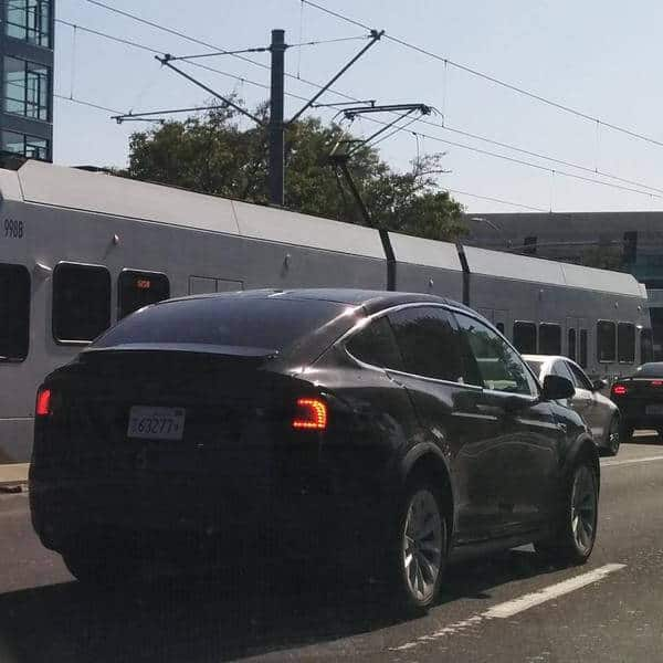 tesla motors model x spolier 2
