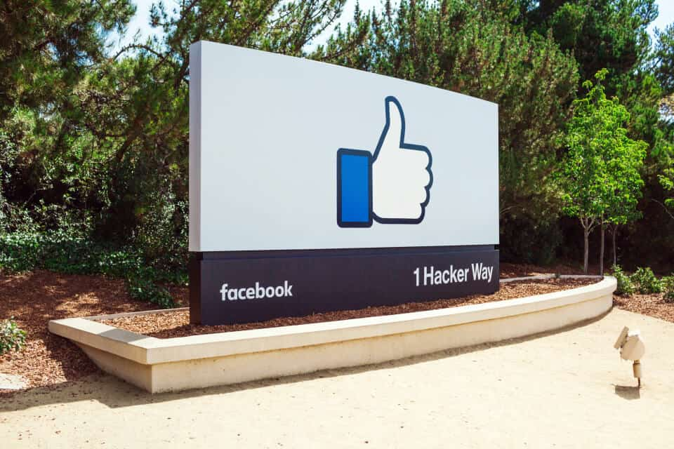 Facebook Inc. (NASDAQ:FB)