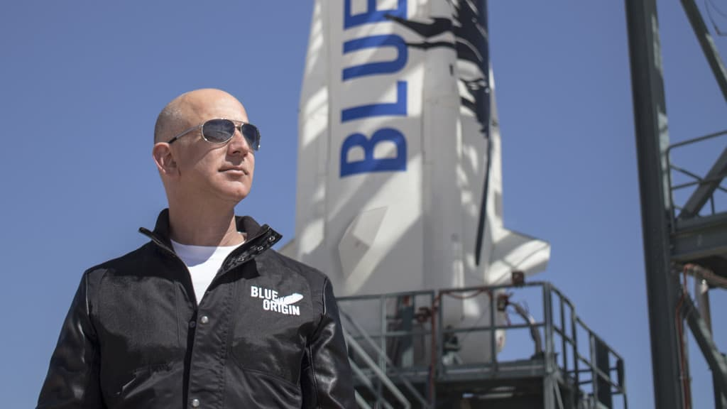 Amazon.com, Inc. (NASDAQ:AMZN) Jeff Bezos Blue Origin