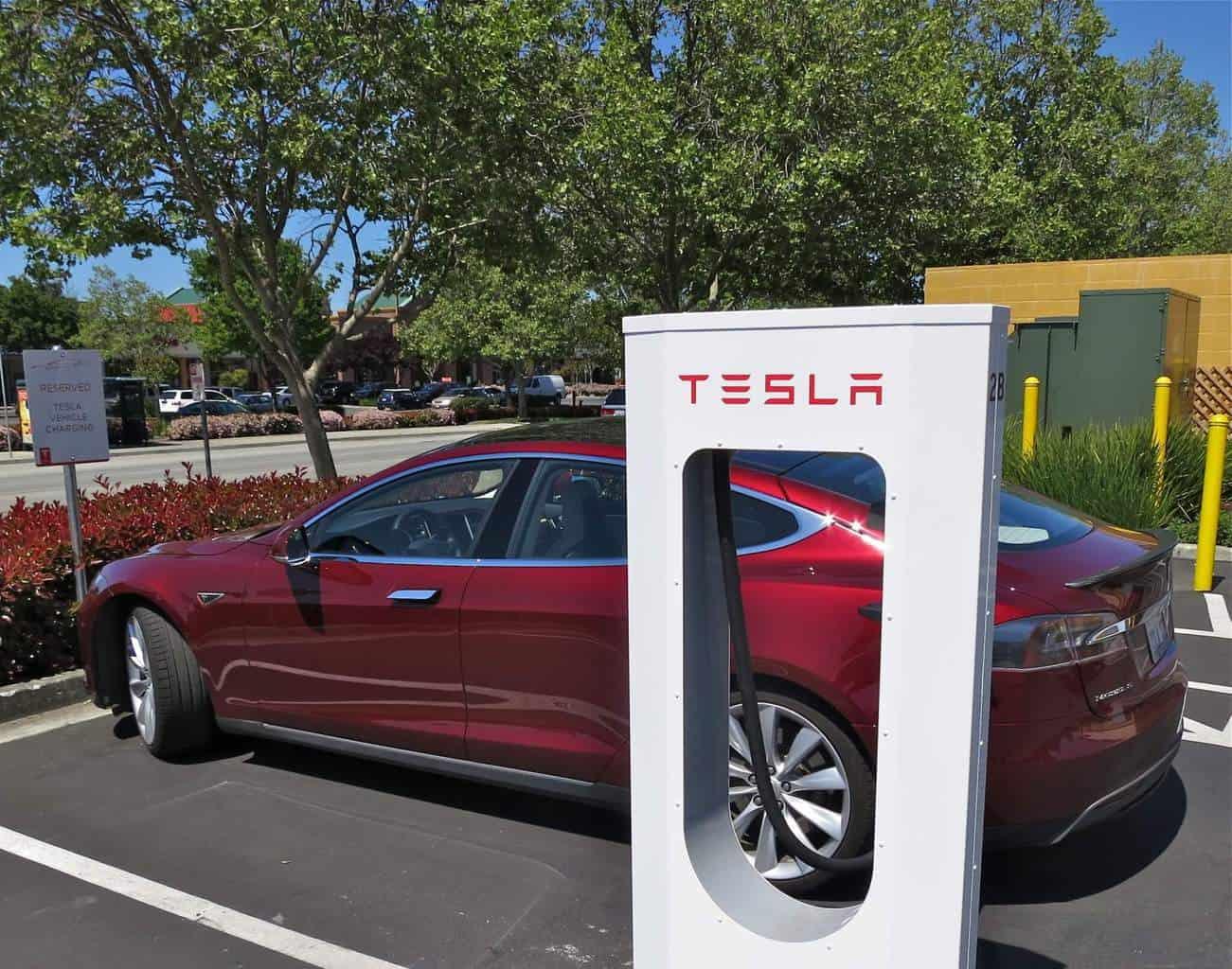 Tesla Motors Inc (TSLA) Drives Battery Costs Lower Than Most