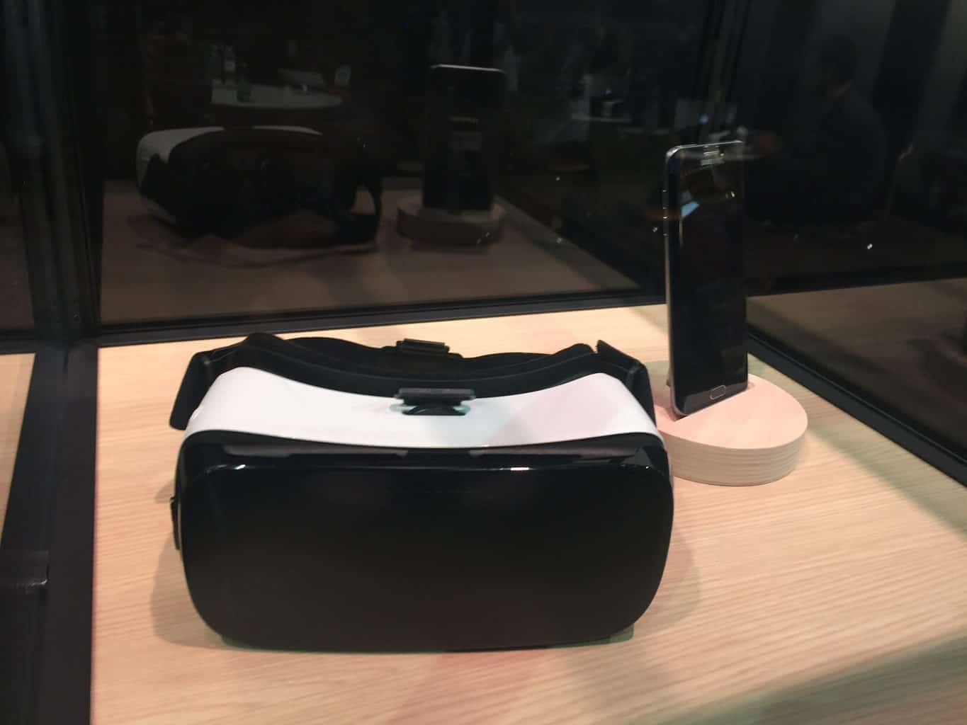 Facebook Inc (FB) Oculus Rift